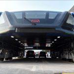 中国の大型バスに疑問の声が!見た目は未来的だが安全性は?