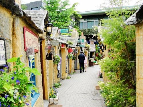 floral-village1